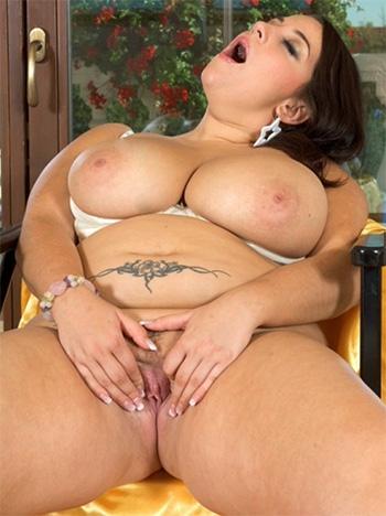BBW nude pics